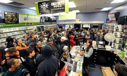 Modern Warfare 3 breaks first day sales record